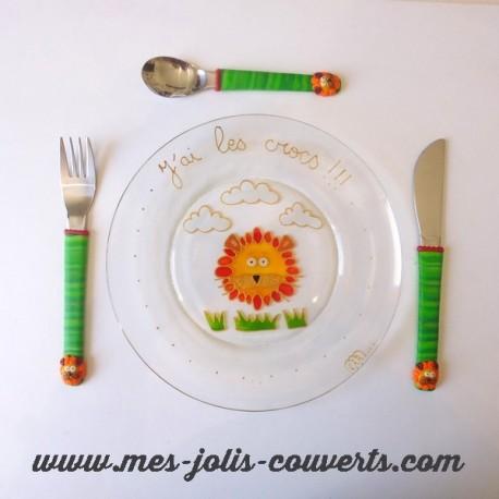 Coffret cadeau assiette,cuillère, fourchette et couteau pour les enfants!